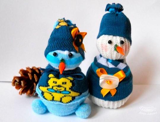 Изготовление Снеговичков